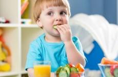 غذاء الأطفال.jpg