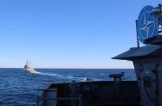 مناورات عسكرية بحرية.jpg