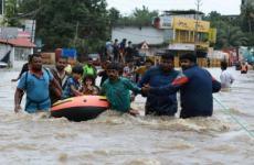 فيضانات الهند.jpg