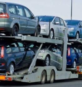 استيراد السيارات.jpg