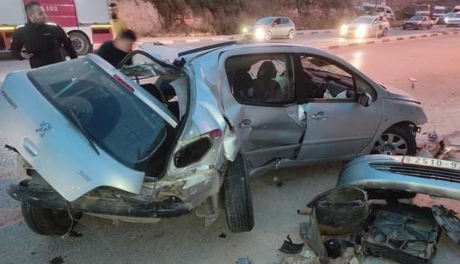 حادث سير في الخليل..jpg