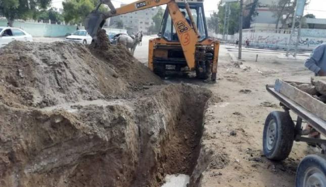 أعمال صيانة في منطقة شارع بغداد.jpg