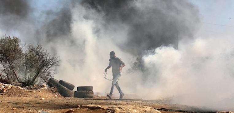 مواجهات بين الشبان وقوات الاحتلال الاسرائيلي جنوب الخليل